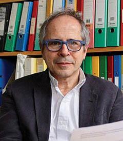 Профессор Андреа Крисанти