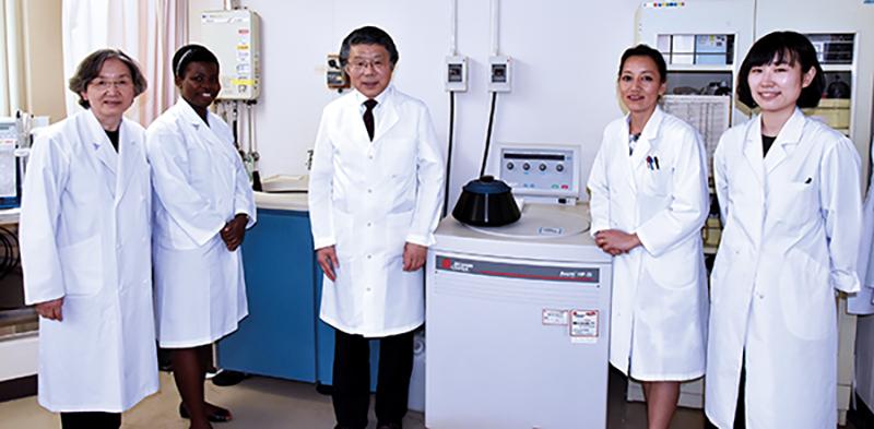 El personal del laboratorio de epidemiología molecular