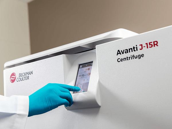 Программирование высокопроизводительной настольной центрифуги Avanti J-15R