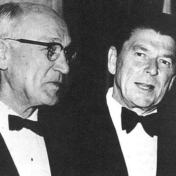 Арнольд Бекман с Президентом США Рональдом Рейганом