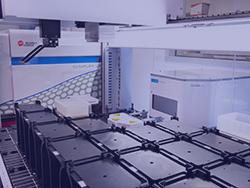 CytoFLEX integrated on the deck of a Biomek i7